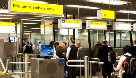 Amsterdam Airport immigration: private tour from amsterdam airport