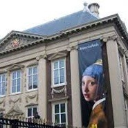 Mauritshuis Vermeer Girl with the pearl earring. Holland Private Tour from Amsterdam